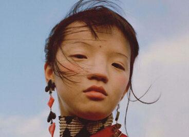 Độc giả Trung Quốc phản đối Vogue đăng ảnh người mẫu mũi tẹt