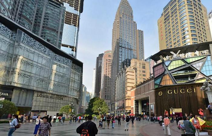 Trải nghiệm mua sắm tại Trùng Khánh trong chuyến du lịch Trung Quốc