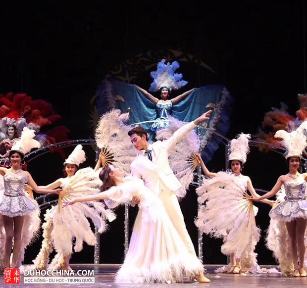 Ngôi trường này chính là thiên đường trai xinh gái đẹp bậc nhất tại Trung Quốc - Ảnh 5.