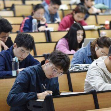 Trung Quốc: Điều chỉnh lịch nghỉ lễ tại các trường đại học