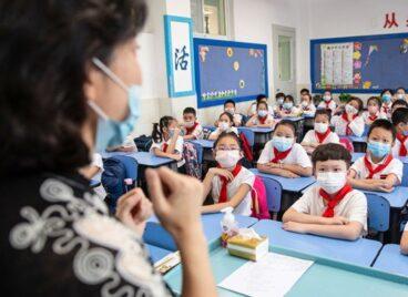 Hướng đi mới của các công ty giáo dục ở Trung Quốc sau lệnh cấm dạy thêm